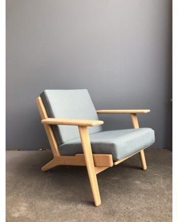 Hans Wegner Plank Chair in Oak