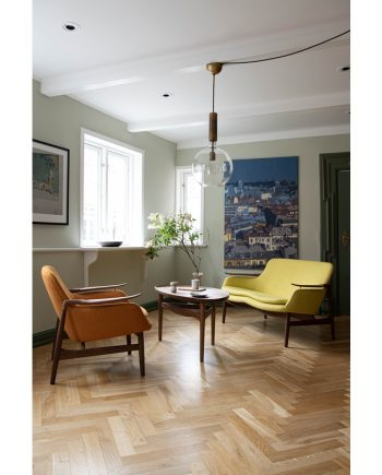Finn Juhl | FJ 53 Chair and Sofa with Eyetable | Walnut frame and fabric upholstery