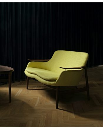 Finn Juhl | FJ 53 Sofa and Eyetable | Walnut frame and fabric upholstery