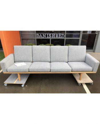 Vintage Hans Wegner GE 235/4 Sofa   Soaped Oak with Fabric   Detail